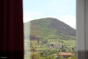 Becar Pyramid Rooms, Bed & Breakfast  Visoko - big - 21