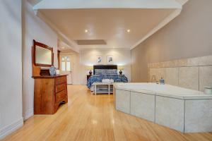 Evanslea Luxury Boutique Accommodation, Дома для отпуска  Mudgee - big - 20