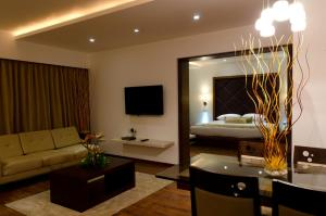 Ramee Grand Hotel and Spa, Pune, Hotely  Pune - big - 13