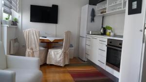Ada Apartment