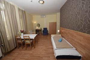 Mátyás Hotel(Budapest)