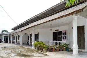 Sri Padang Guest House