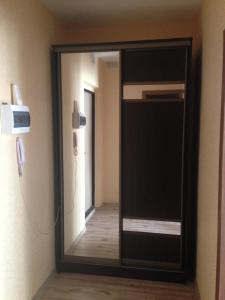 Apartment on Bratyev Kashirinykh 117