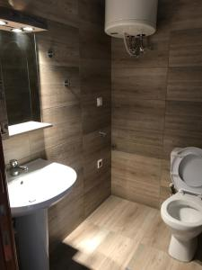 Housing Pefkos II, Apartmány  Nea Fokea - big - 63