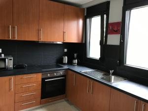Housing Pefkos II, Apartmány  Nea Fokea - big - 61