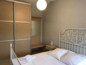 Housing Pefkos II, Apartmány  Nea Fokea - big - 8