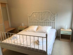 Housing Pefkos II, Apartmány  Nea Fokea - big - 6