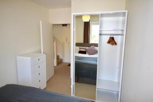 Marlborough Court Apartments, Апартаменты  Эпсом - big - 59