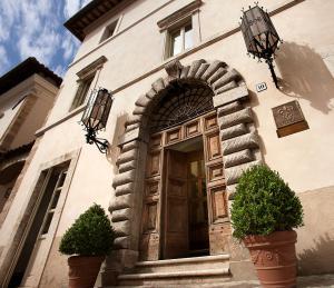 Relais & Chateaux Palazzo Seneca