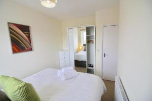 Marlborough Court Apartments, Апартаменты  Эпсом - big - 20