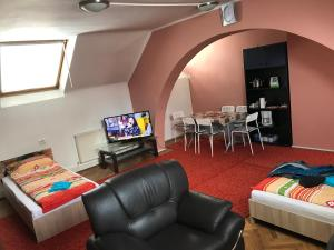 Apartament David, Ferienwohnungen  Braşov - big - 15
