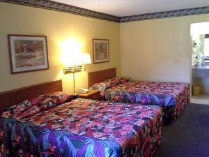 Travelodge Tulsa, Hotely  Tulsa - big - 3