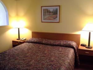 Travelodge Tulsa, Hotely  Tulsa - big - 2