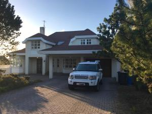 Andersen Luxury House