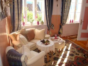 Romantik-Villa LebensART, Apartments  Reichenfels - big - 47
