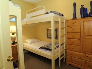 GoldStar - 4 Bed / 4 Bath Home, Дома для отпуска  Silver Star - big - 10