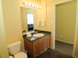 GoldStar - 4 Bed / 4 Bath Home, Nyaralók  Silver Star - big - 6