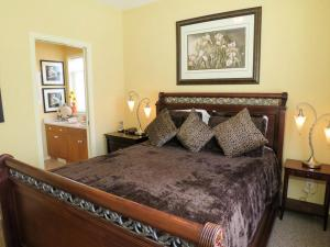 GoldStar - 4 Bed / 4 Bath Home, Дома для отпуска  Silver Star - big - 2