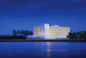 Hotel Naveen Lakeside