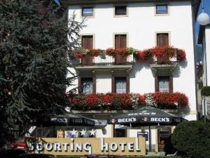 Nearby hotel : Hotel Sporting