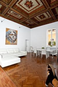 Di Rienzo Suites Trevi, Bed and breakfasts  Rome - big - 1