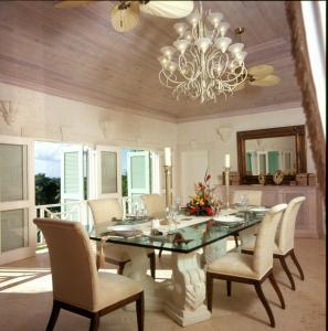 Villa Carpathia, Vily  Mount Irvine - big - 8