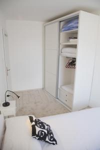 Apartment Pina, Appartamenti  Spalato (Split) - big - 11