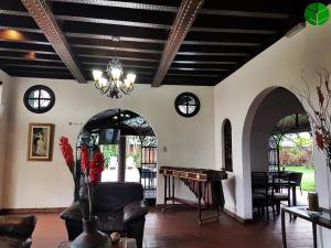 Kal Nawi Hotel