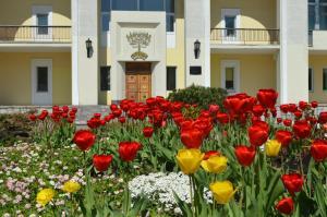 Гостиница Узкое