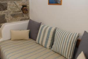 Apano Vrysi, Appartamenti  Tinos Town - big - 9