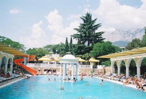 Marat Park Hotel, Hotely  Haspra - big - 27