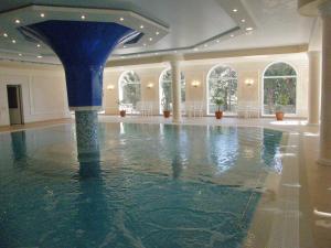Marat Park Hotel, Hotely  Haspra - big - 26