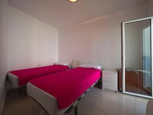 InmoSantos Oasis D4, Apartmány  Roses - big - 3