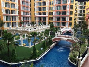 The Venetian Condo Resort by Wisarut