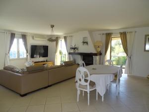 Villa LA PERLE, Villen  Vence - big - 17