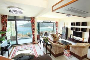 Xiyong Private Beach Seaview Villa
