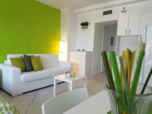 Miami Beach Suncoast Apartment ll