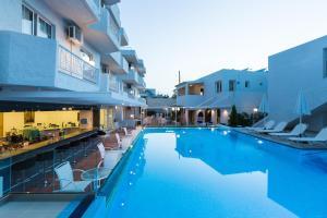 Castello Bianco Aparthotel, Apartmánové hotely  Platanes - big - 36