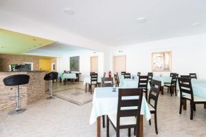 Castello Bianco Aparthotel, Apartmánové hotely  Platanes - big - 39