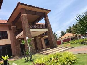Villa Impiana Perupok, Vily  Kampong Binjai - big - 3