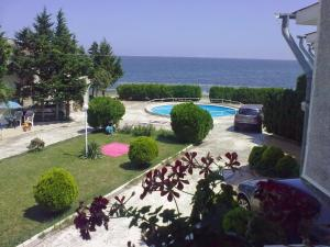 Beach Apartment Krasi
