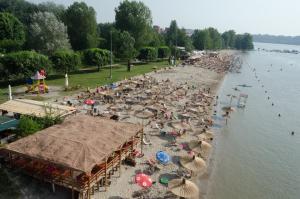 Apartment Dragana & Igor, Ferienwohnungen  Novi Sad - big - 6