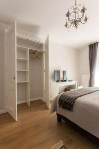 Stylish & Modern Studio Apartments Old Town, Apartments  Vilnius - big - 53