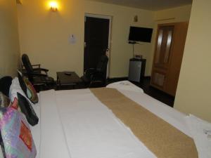 Hotel Sterling, Отели  Сринагар - big - 28