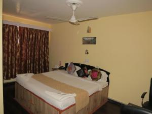 Hotel Sterling, Отели  Сринагар - big - 4