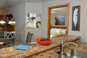 Westwood Shores Waterfront Resort, Resorts  Sturgeon Bay - big - 11
