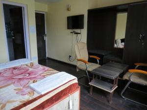 Hotel Sterling, Отели  Сринагар - big - 7
