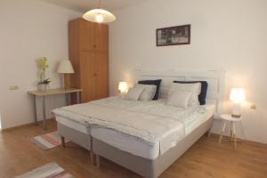 AMP Apartman - Apartment - Eger