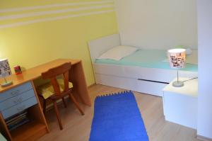 Apartments Boras, Apartmanok  Split - big - 4