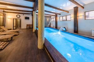 Курортный отель ZimaSnow Ski & Spa Club, Буковель
